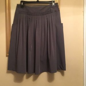 Simply Vera grey pleated skirt.